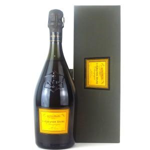 """Veuve Clicquot Ponsardin """"La Grande Dame"""" 1993 Vintage Champagne"""