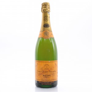 Veuve Clicquot Ponsardin Brut NV Champagne / Bicentenaire 1772-1972