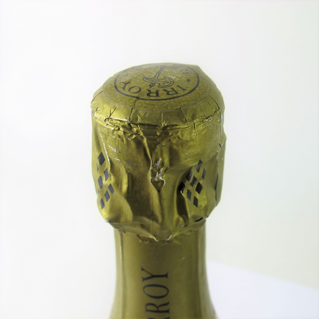 Irroy Brut NV Champagne 2x77cl / Wooden Box