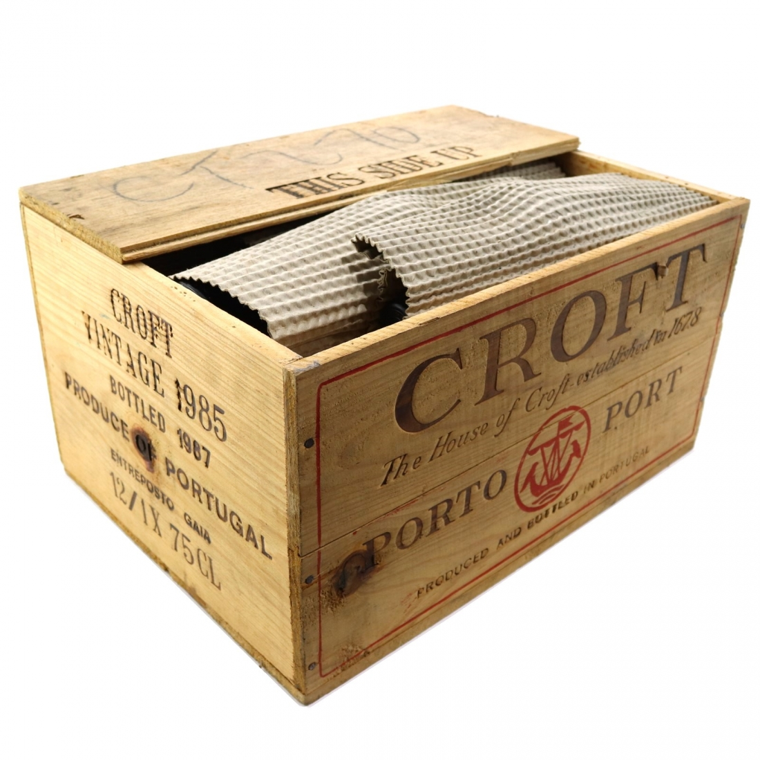 Croft 1985 Vintage Port 12x75cl / Original Wooden Case